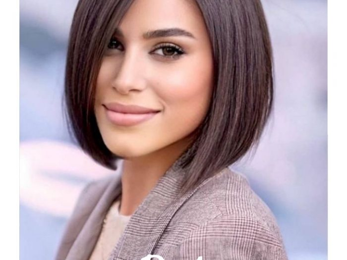 Pure girl Bob short hair is suitable for round face, prominent cheekbones, The girl with the hollow temples, It's a great way to shape your face, Enhance the three-dimensional sense of the facial features, Pair it with a pretty comic fringe, Even for girls with less delicate features, It's easy to handle. Girls with a lot of hair will wear this style when they have short hair. You don't need a perm or dye to make your hair look younger. Layered bangs make the hairstyle particularly fluffy and natural. If you're afraid to cut your hair short, Bob's short hair must be your first choice.