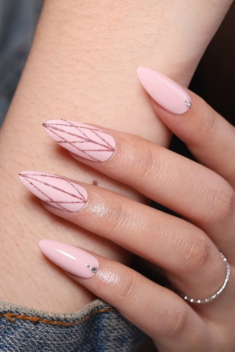 Cute pink almond nails designs