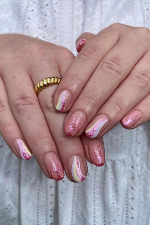 Short round nail designs