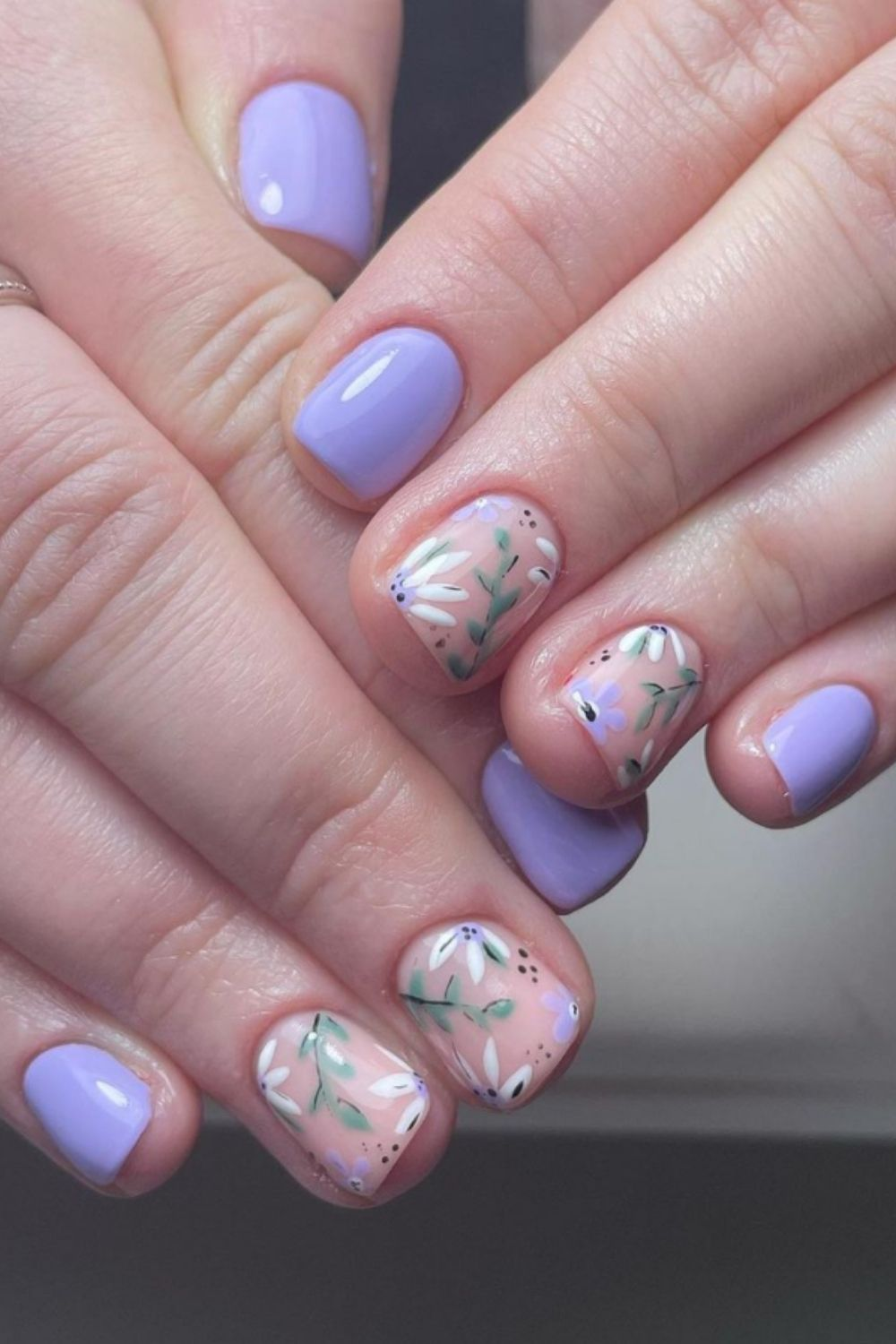 Short square nails ideas with flower