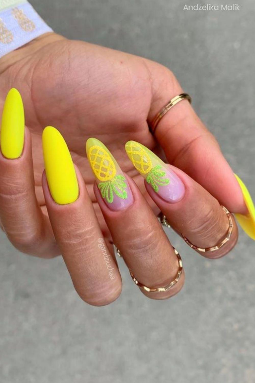 Pineapple almond nail design