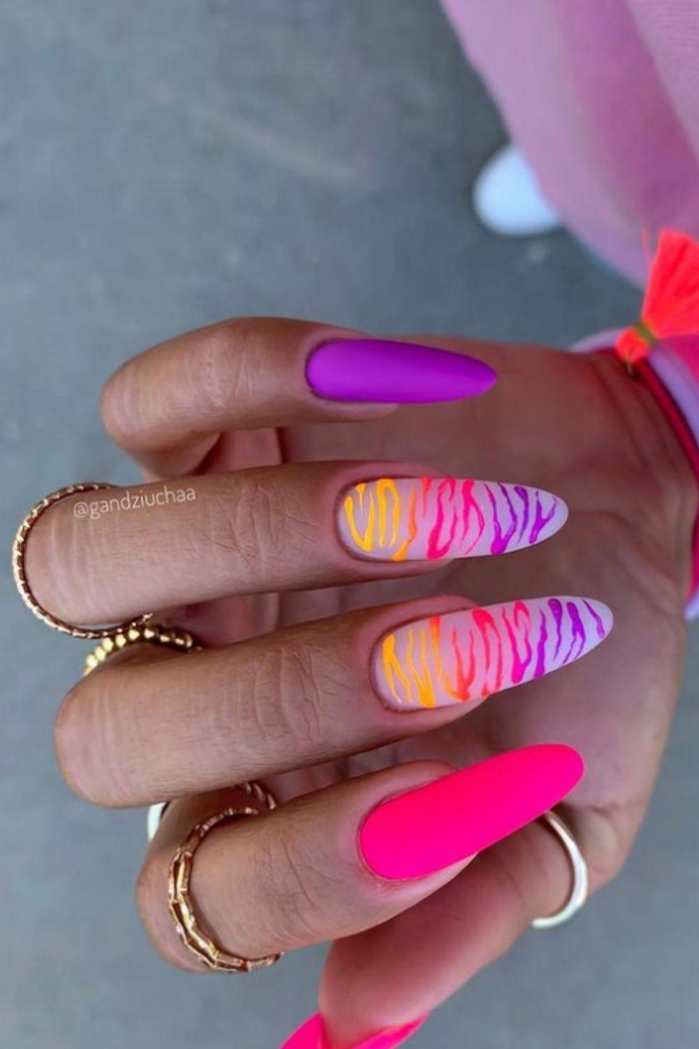 Acrylic nails art