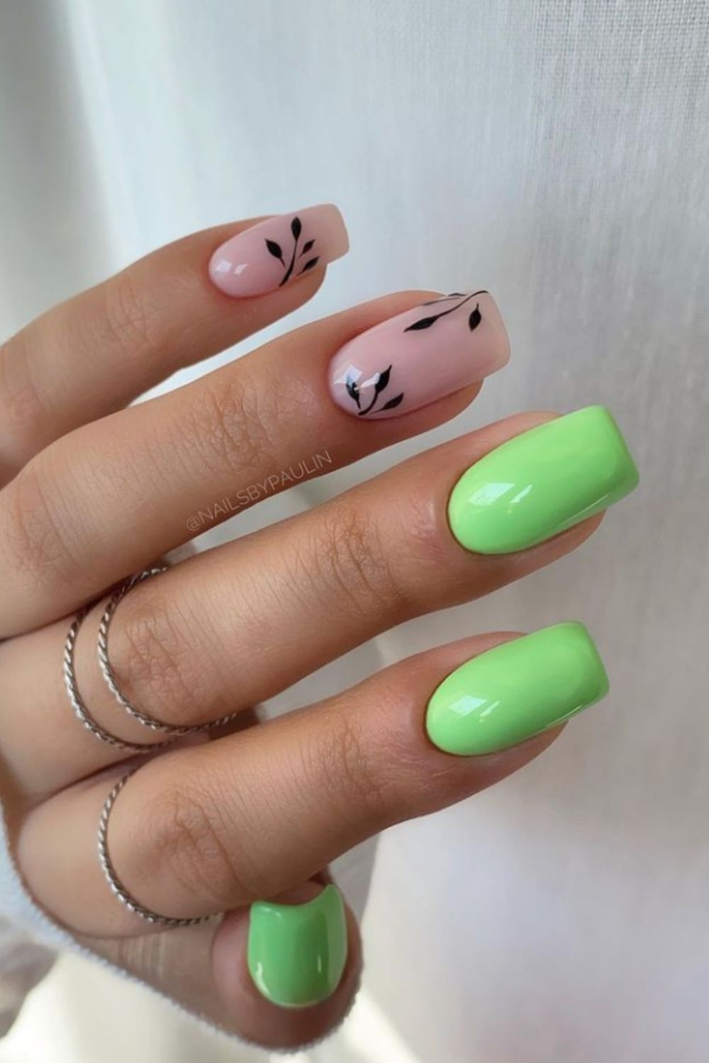 Short Nail Designs for Summer Nails Art in 2021
