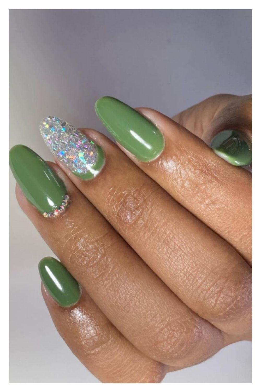 Glitter green almond nails ideas