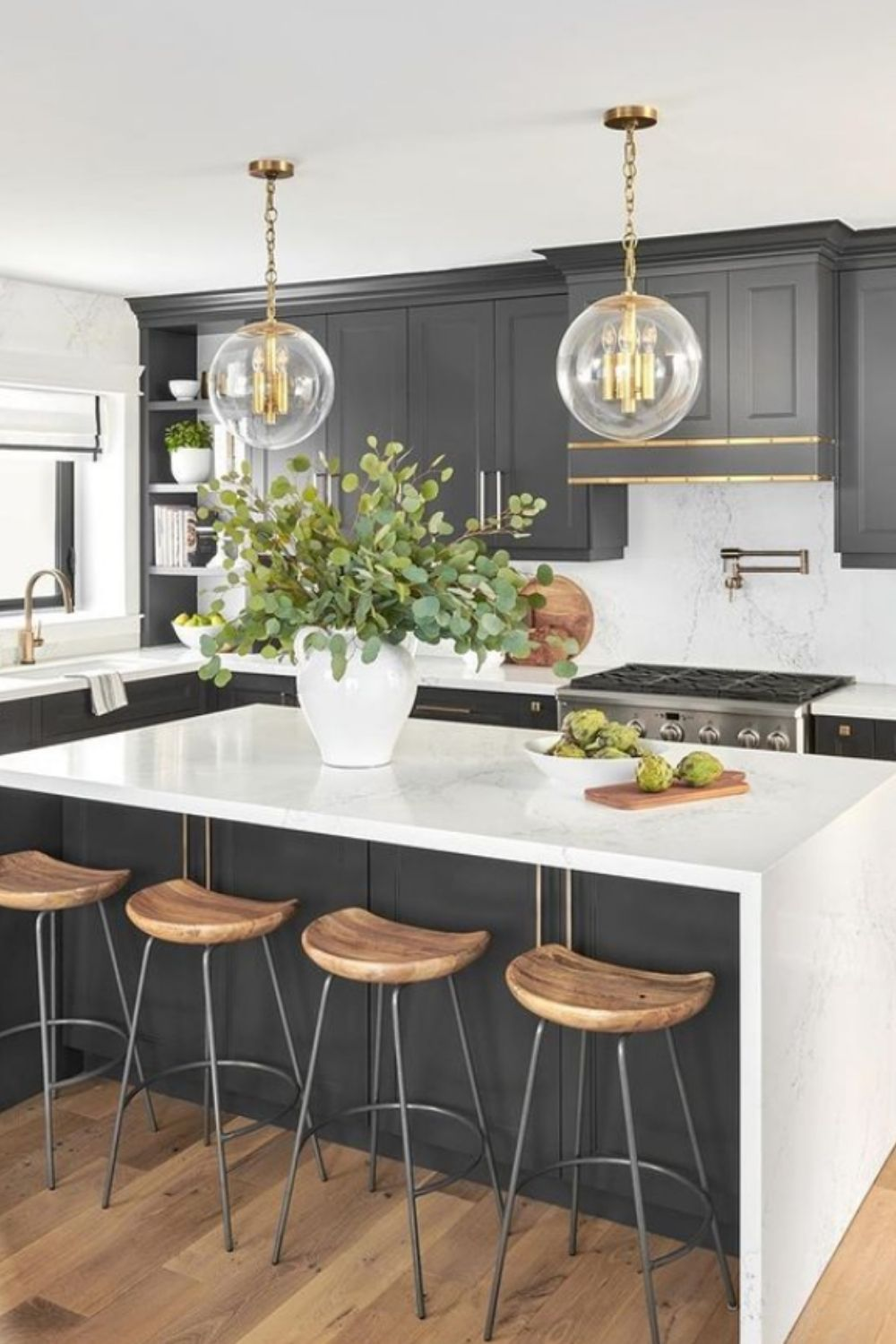 Any room needs an accessory that takes it to the next level, and an oversized pendant is the perfect choice.