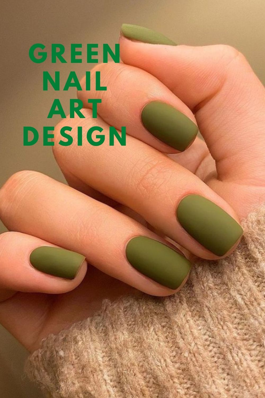 Dark green short nails