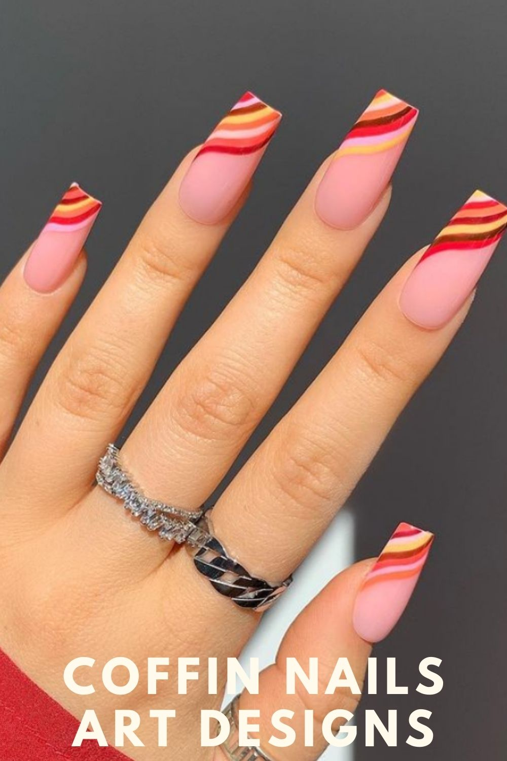 When I see this nail design, the first thing that comes to my mind is chocolate. What about you?