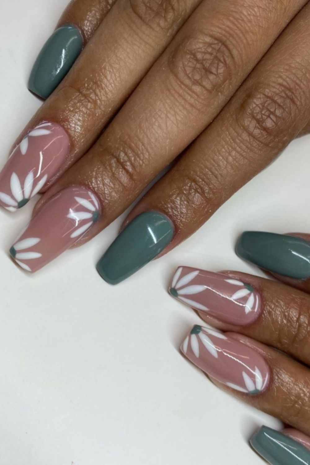 Coffin nails art with flower