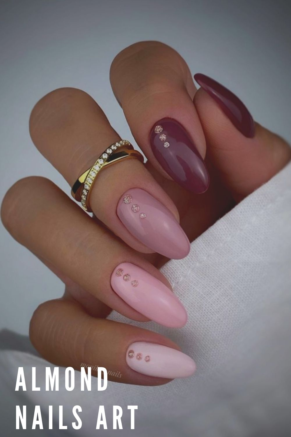 Red and pink fall almond nails ideas