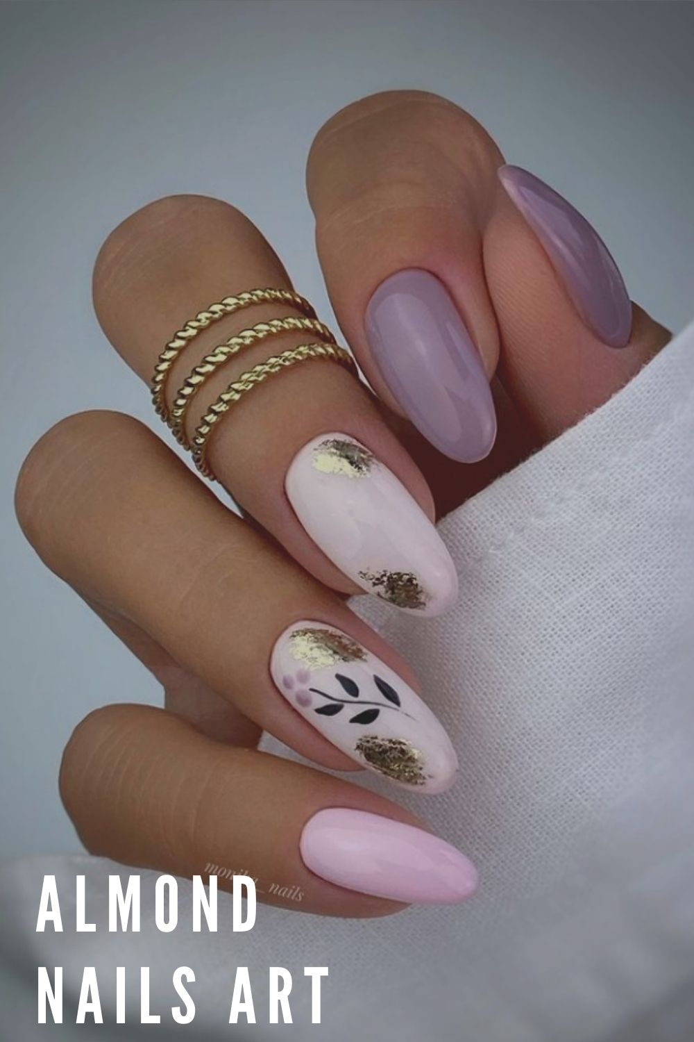 Almond nail design with leaves